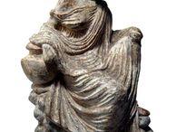 Greek art Terracotta statuettes Tanagra / Tanagra figurine - Greek terracotta statuette
