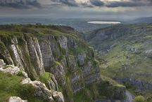 Cheddar Gorge / Cheddar Gorge is one of my favourite places.