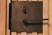 Door handles, knobs and such