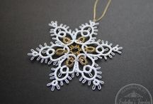 Tatting snowflake - earring