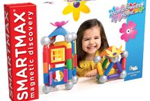 Smartmax / Colourful and safe magnetic construction toys for young children.