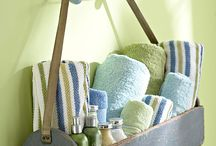 Bathroom Storage / by Debbie Gibson