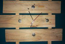 Orologio da parete / Ricetta: 1 listello di bancale 1 meccanismo d'orologio chiodi qb