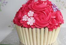 Carys cakes giant cupcake