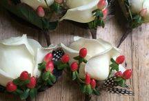 Wedding buttonholes and corsages / I've picked out some of my favourite wedding buttonholes and corsages to share with you