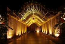 Unique wedding entry designs / Every wedding day requires a lot of planning. Plan everything in detail and leave no stone unturned in ensuring that everything is perfect. Here are 5 trendy wedding arch designs we think you will like, #ShlokaEvents #DestinationWedding #RoyalWedding #ShlokaWedding