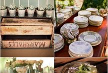Rustic place settings / For a more rustic cottage effect, this board can show brides some examples of what we can create for their big day
