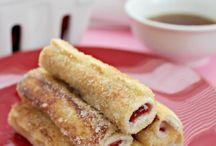 Breakfast Recipes / by Chez Echeverri