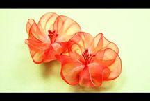 цветы из капроновых лент