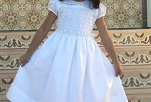 Flower Girl / Girl's special dress and accesories for occasions to be remembered.