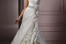 wedding dress / by cynthia mcinturff
