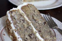 Cakes / by Linda Abuelghanam