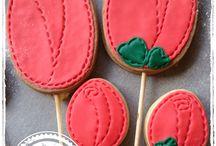 Roses per Sant Jordi / Galetes en forma de rosa Galletas en forma de rosa Roses Cookies
