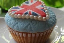 World of Cake / by Kitty Ballistic