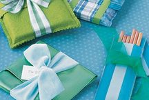 GIft Wrapping / by Michelle Savoy