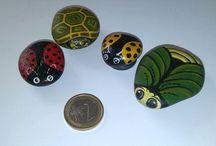 stone / piccoli oggetti dipinti x mercatino dei rfagazzi