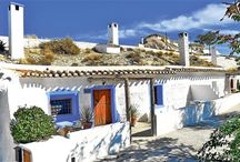 Spanish Cave Houses / Troglodyte homes in southern Spain - warm in summer, cool in winter, and crazy cute all year round!