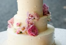 Destination Wedding Cakes