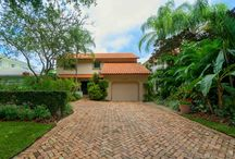 4821 Campo Sano Court / Home for sale in Coral Gables on the Riviera Country Club golf course
