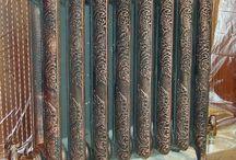 окраска и декор радиаторов отопления / авторская окраска и декор радиаторов отопления.  окраска практически в любой цвет! винтажные варианты.. под серебро.. медь.. бронзу.. латунь.. красный лак.. дерево.. слоновую кость. Предлагаю Вам свои услуги по авторскому декорированию радиаторов отопления.  Я не просто крашу радиаторы- я их гармонично вписываем в ВАШ интерьер  от 6000 руб за радиатор в стиле ретро медь. бронза. серебро (с патиной)+79266860755