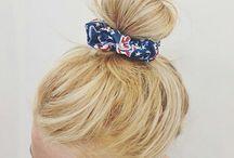 Accessoires cheveux / Headbands, chouchous, pinces, barrettes : retrouvez des idées d'accessoires girly à mettre dans vos cheveux !
