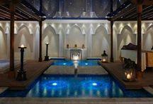 Popular Dubai Resorts / Most Popular Dubai Resorts with Restaurant, Spa & Wellness Centre and Swimming pool, United Arab Emirates
