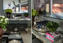 Sala de estar e jantar - Living / #moreemcampinas #campinas #campinassp #decor #decoracao #homedecor #lifestylecps #designdivino #inspiracao #arquitetura #interiores #interiordesign #puracriatividade #home #casa #details #charme#detalhes #luxo #retro #moderno #sofisticado #iluminacao #quadros #espelhos #sofa #mesadecentro #living #livingroom #tv #hometheater #vasos #murano #aparador #stairs #escada #residence #glamour #furniture #dinningroom #almofadas #pillow #lareira #luminaria #abajour #familyroom #cuhions