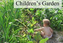 Garden ideas / by Joan Saieva
