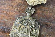 Vintage Pins Jewelry