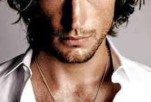 Hero-spiration / Romance Heroes have a certain je ne sais quois that can't always be explained--it has to be felt. Magnetism and strength combined with sensitivity and emotional depth is a good starting place, and these men exude that special melange in unique and fascinating ways.
