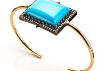 Bracelets and cuffs / by Laia Alcaraz