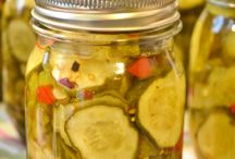 canning: Fruit & Veggies / by Theresa Carpenter