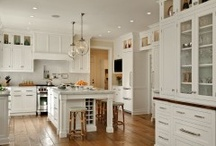 Kitchens / by Laura Castle
