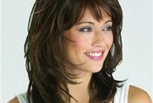 hair styles / by Jody Calvert Page
