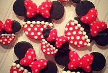 DISNEY: Minnie Mouse