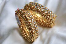 Kundan Jewelry /  Handmade jewelry, Handmade Necklace, Indian jewelry, South Indian Jewelry, Kundan jewelry, Kundan Necklace