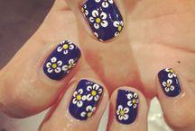 unhas de flores