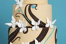 Cakes / by Rebekah Aase