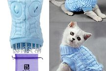 Cat Clothes / Who likes to dress up their cat? If that's you, you've come to the right place. Have a look around for some cute ideas to make your feline the talk of the town.