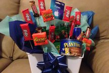 Man Bouquet / Perfect bouquet for the hard to shop for man in your life. / by Jessica Garza