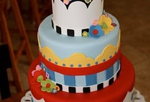 creative cakes / by KRISTINA ALVARADO