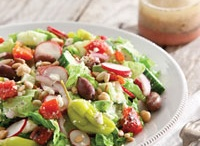 SALADS / SALADS / by Diane Ameres