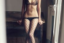 Perfect female body / the perfection of the female form