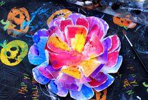 Cass / Paper plate flowers