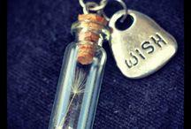 Bottles / Botes de los deseos