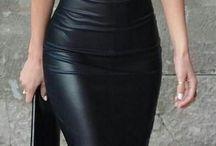 ° Women in leathers °