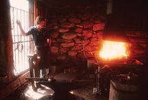 Our Story- The Modern American Blacksmiths / Hubbardton Forge is the oldest and largest commercial forge in the country with a team of over 200 people creating hand-forged lighting of timeless beauty and artistry…an American wrought-iron renaissance.