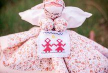 Славянские обереговые куклы / Обереги  являются  магическими предметами, и каждая из них выполняет свои функции.