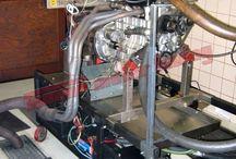 Motorová zkušebna / Za účelem řádného odzkoušení jak výkonových parametrů nově upraveného motoru, tak jeho životnosti, je fa TOMMÜ motor tuning vybavena počítačem řízeným zkušebním stavem - hydrodynamickou motorovou brzdou - s možností zkoušet a optimalizovat motory do výkonu cca 750kW (1000k) a maximálních otáček 12000/min.