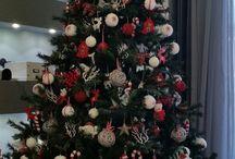 Redwhite Christmas tree.